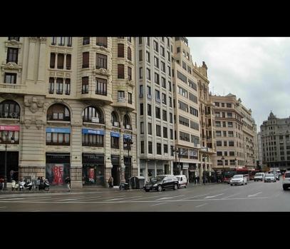 Коммерческое помещение с рентабельностью в Валенсии, Испания