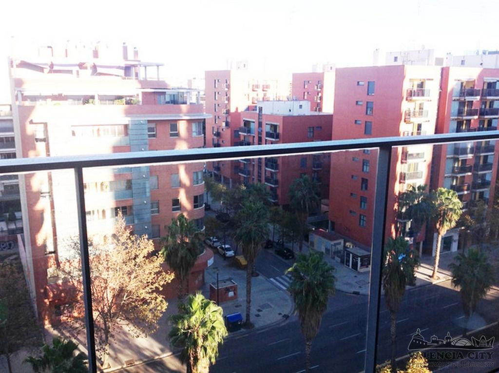 Квартира для продажи в закрытом жилом комплексе в Валенсии