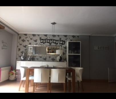 Продажа квартиры с ремонтом в Валенсии с видом на парк