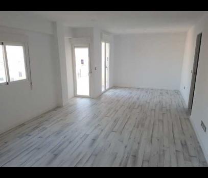 Продажа квартиры с евроремонтом в районе Patraix, Валенсия