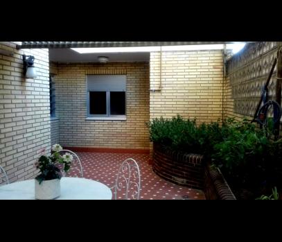 Продаётся просторная квартира в районе Бенимаклет в Валенсии