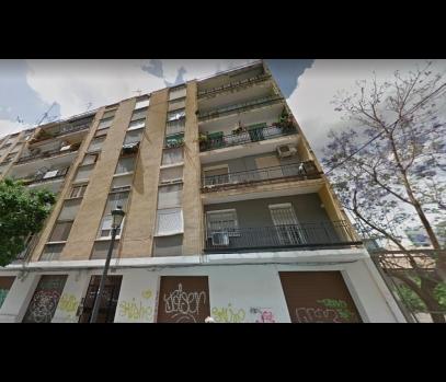 Продажа здания с квартирами на набережной Турии в Валенсии