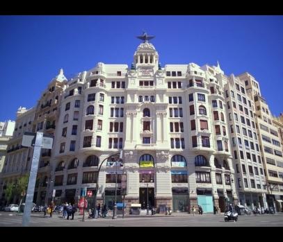 Квартира для покупки в историческом здании в Валенсии, Испания