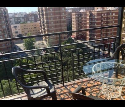 Сдается большая квартира в городе Валенсия