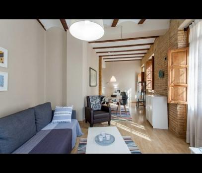 Аренда квартиры в модном районе Руcафа, Валенсия