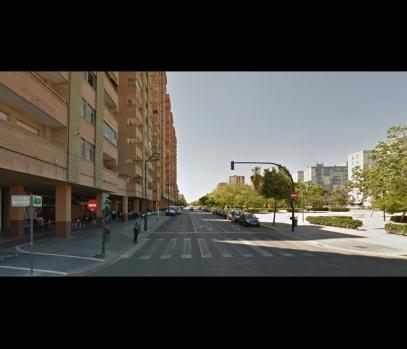 Продажа квартиры с ремонтом рядом с пляжем в городе Валенсия