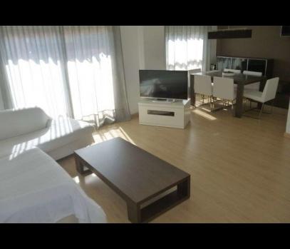 Продажа квартиры с ремонтом рядом с центром в городе Валенсия