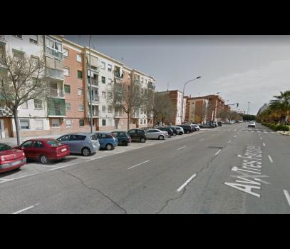 Продается недорогая квартира в районе Tres Forques, Валенсия