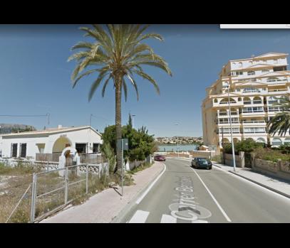 Земельный участок на первой линии моря, Кальпе, Испания