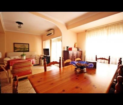 Продажа уютной квартиры недалеко от порта Валенсии, Испания
