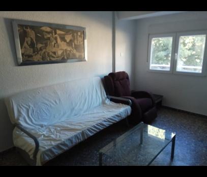 Аренда квартиры с ремонтом в районе La Fonteta, Валенсия